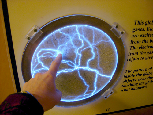 Touch the plasma wall -- the human body conducts electricity